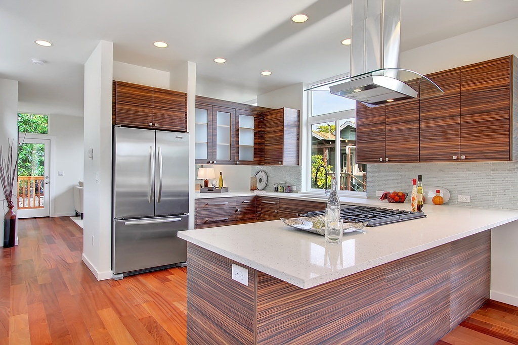 Homes with 39 subway tiles 39 or 39 barn doors 39 sell faster and for Craftsman style homes for sale in boise idaho